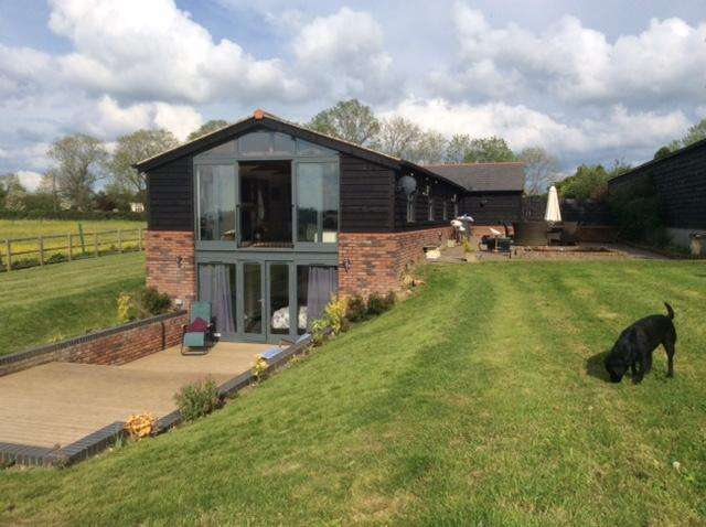 3 Bedrooms Detached House for sale in Woodcroft Barn Woollard Lane Publow