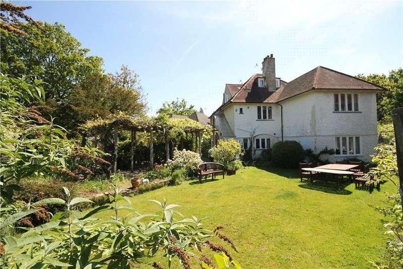 6 Bedrooms Property for sale in Oak End Way, Woodham, Addlestone, Surrey, KT15 3DY