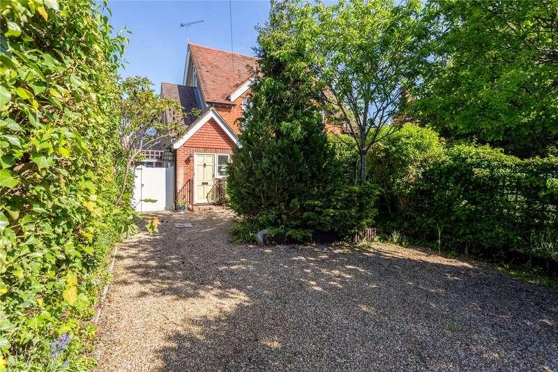 3 Bedrooms Semi Detached House for sale in North Street, Winkfield, Windsor, Berkshire, SL4