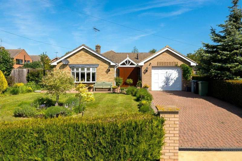 3 Bedrooms Detached Bungalow for sale in Northorpe, Thurlby, Bourne, Lincolnshire, PE10