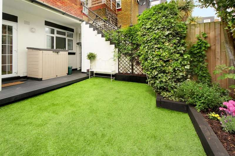 2 Bedrooms Apartment Flat for sale in Cowper Rd, W3
