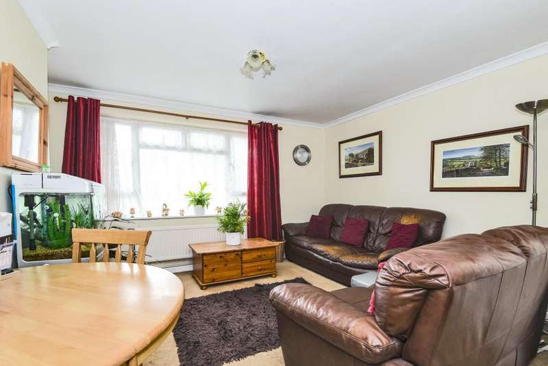 2 Bedrooms Flat for sale in Strokins Road, Kingsclere, RG20