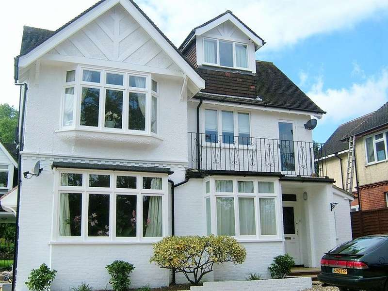 2 Bedrooms Flat for rent in 36 Braywick Road, Maidenhead SL6