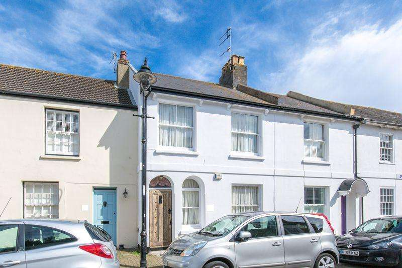 4 Bedrooms Terraced House for sale in Church Street, Shoreham-By-Sea