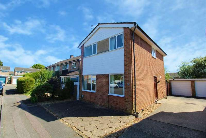3 Bedrooms Detached House for sale in Chantry Avenue, Kempston, MK42
