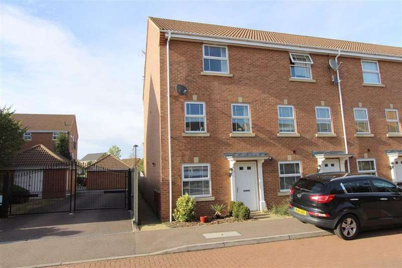 4 Bedrooms Town House for sale in Wellington Way, Heath Meadows, Leighton Buzzard