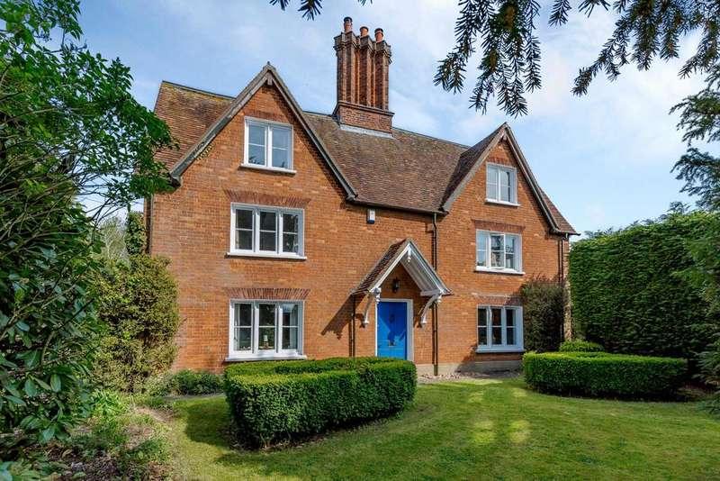 5 Bedrooms House for sale in Woburn Road, Lidlington, Bedford