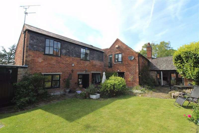 5 Bedrooms Detached House for sale in Main Street, Houghton-on-the-Hill