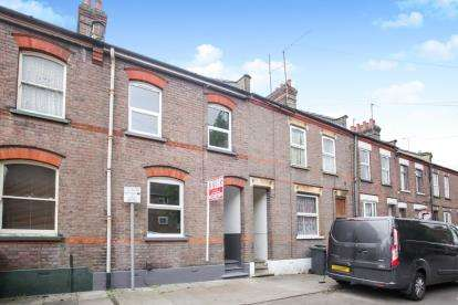 3 Bedrooms Terraced House for sale in Baker Street, Luton, Bedfordshire, .