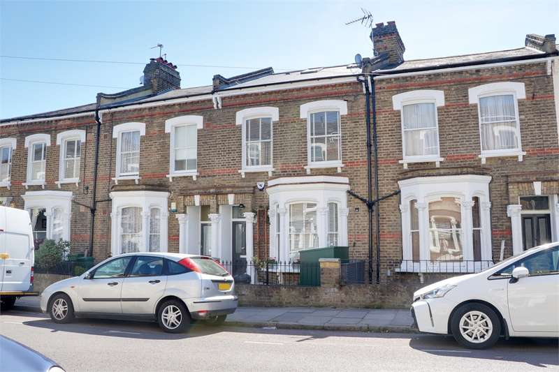 4 Bedrooms Terraced House for sale in Evershot Road, Stroud Green, London