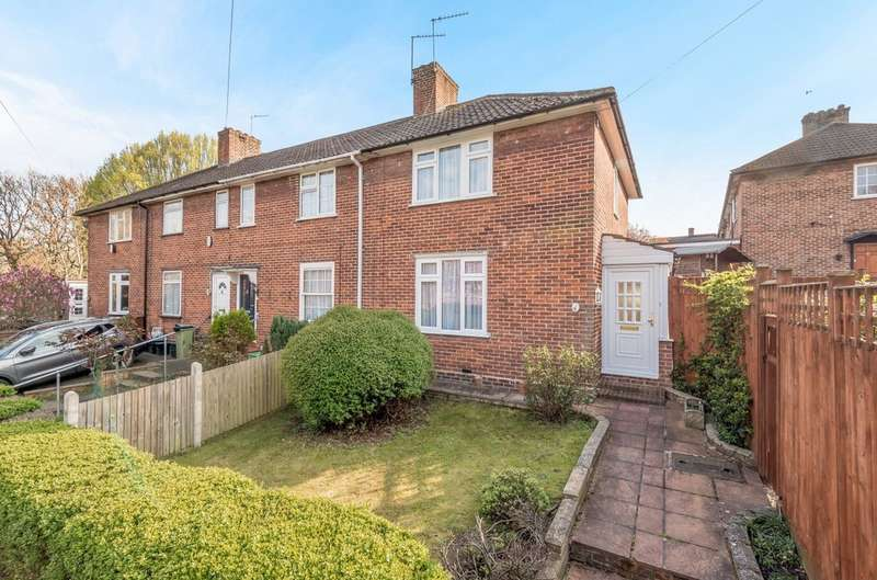 3 Bedrooms End Of Terrace House for sale in Steyning Grove, London