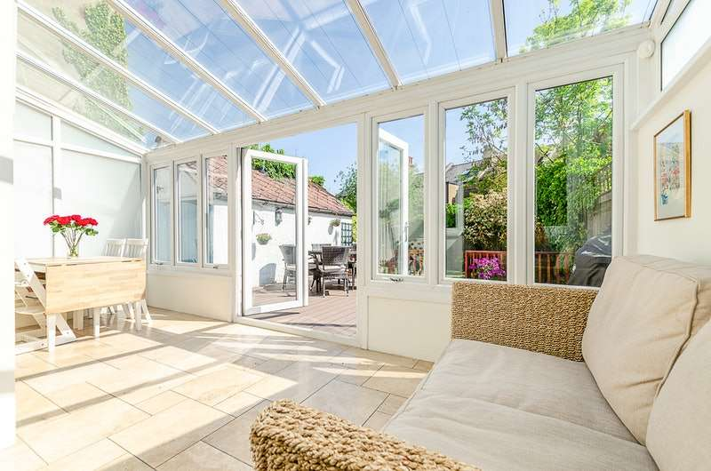 4 Bedrooms Semi Detached House for sale in Trinity Road, London, London, SW17