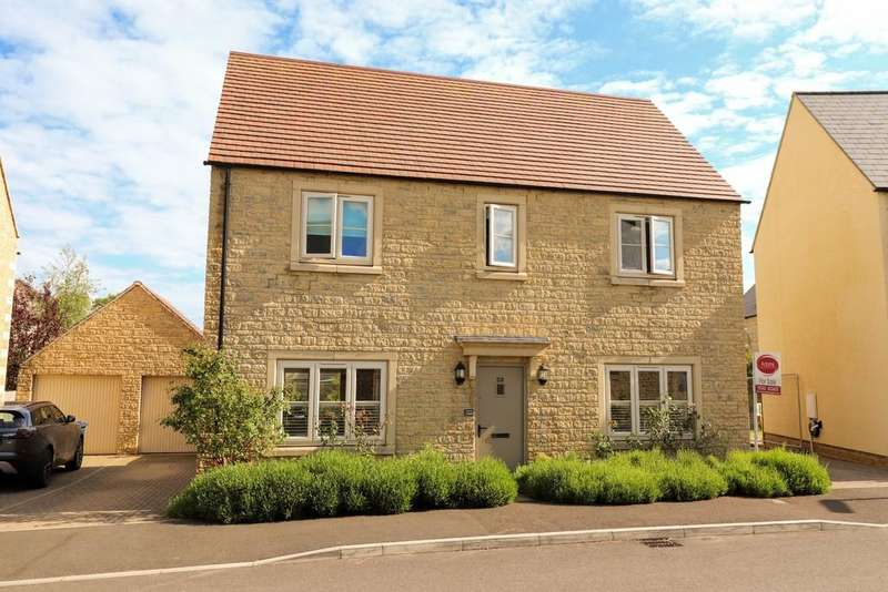 4 Bedrooms Detached House for sale in Pennylands Way, Winchcombe