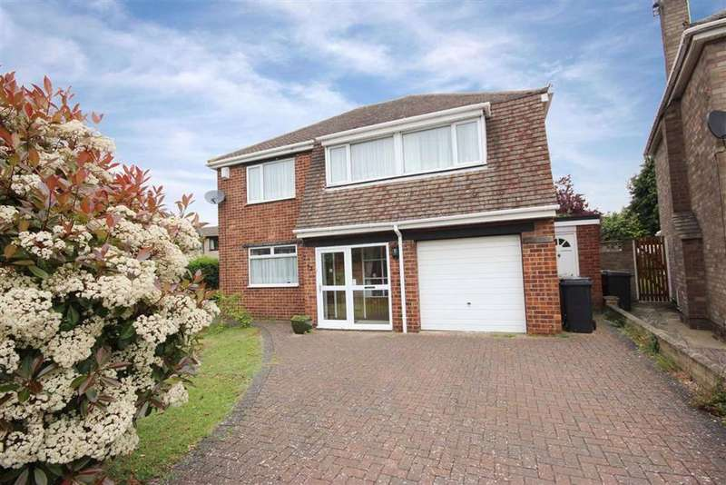 4 Bedrooms Detached House for sale in Thirsk Drive, Lincoln, Lincolnshire