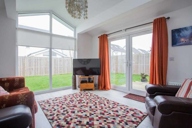 4 Bedrooms Detached House for sale in Kings Park Crescent, Ayr, South Ayrshire, KA8 9TH