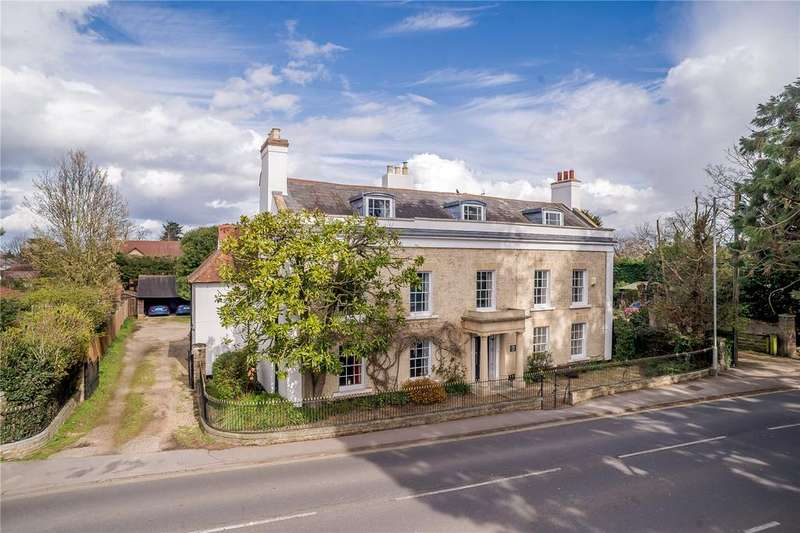 6 Bedrooms Detached House for sale in Baddow Place, Church Street, Great Baddow, Chelmsford, CM2