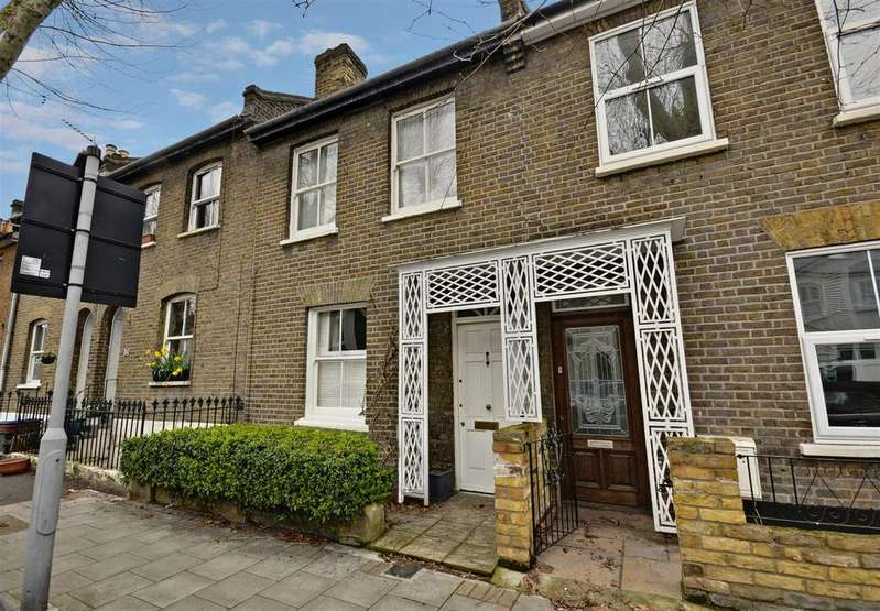 2 Bedrooms House for sale in Sutherland Road, Chiswick