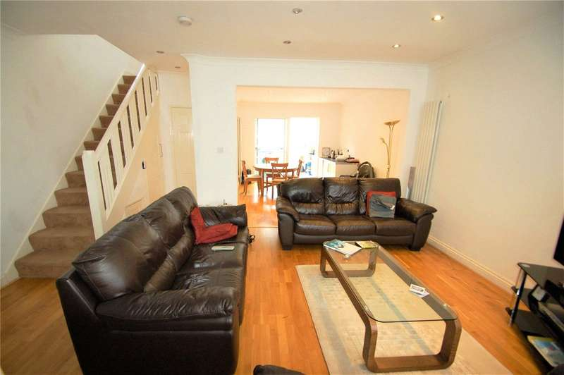 4 Bedrooms Semi Detached House for sale in Whitton Avenue East Greenford