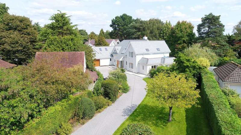 6 Bedrooms Detached House for sale in Golf Links Road, Ferndown, Dorset, BH22 8BX