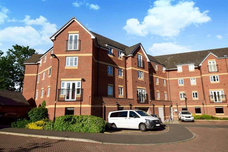 2 Bedrooms Flat for sale in Eaton Avenue, Slough, SL1