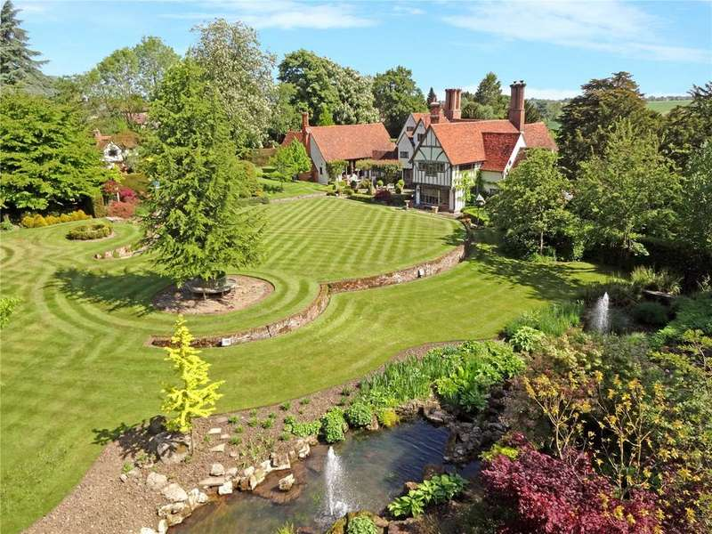 6 Bedrooms Detached House for sale in Brook Hill, North End, Essex, CM6