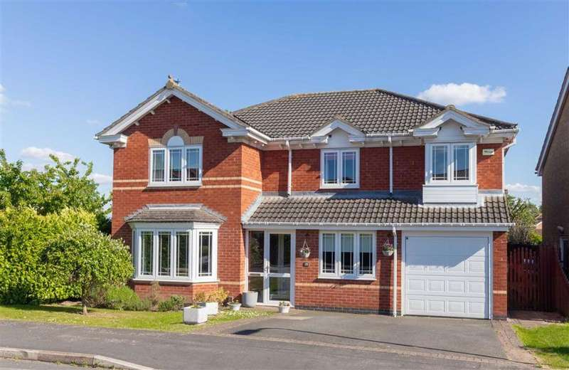 5 Bedrooms Detached House for sale in Spruce Avenue, Loughborough, LE11