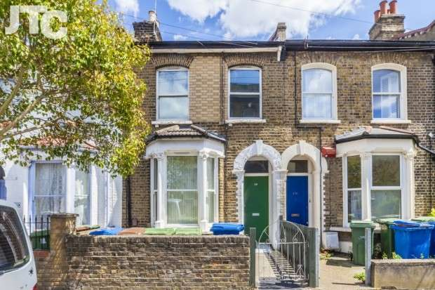 1 Bedroom Apartment Flat for sale in Hollydale Road, Nunhead, SE15