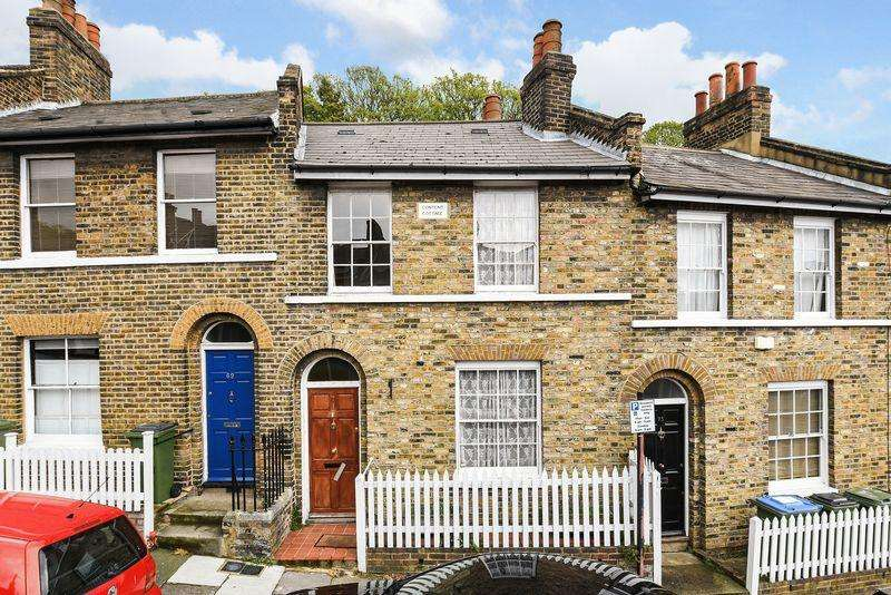 2 Bedrooms Terraced House for sale in Maidenstone Hill, Greenwich, SE10