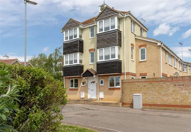 4 Bedrooms Semi Detached House for sale in The Parks, March, Cambridgeshire