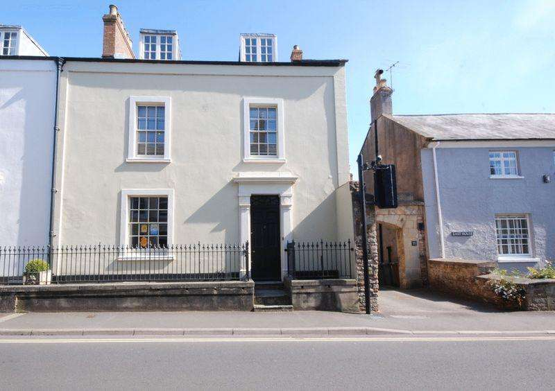 5 Bedrooms Terraced House for rent in Chamberlain Street, Wells