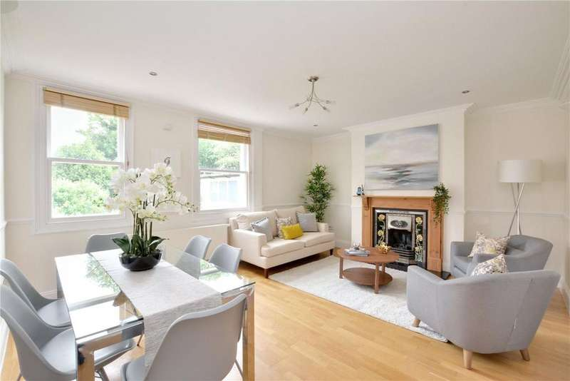 3 Bedrooms Flat for sale in Cresswell Park, Blackhheath, London, SE3