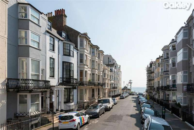 7 Bedrooms Guest House Commercial for sale in Madeira Place, Kemptown