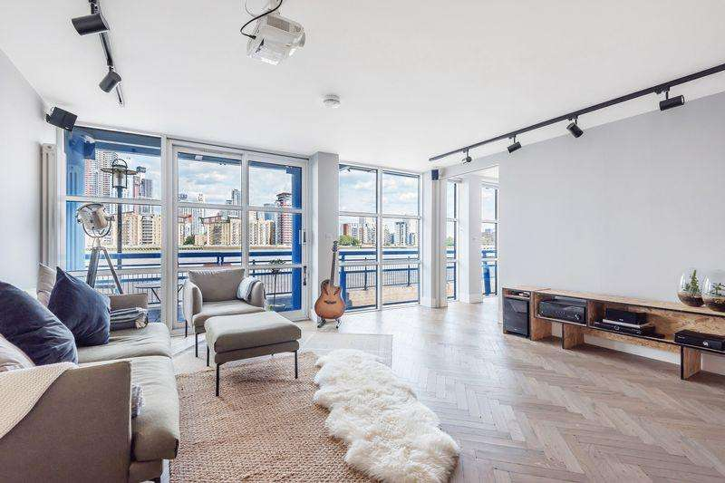 3 Bedrooms Apartment Flat for sale in Trinity Wharf, Rotherhithe Street, Rotherhithe SE16