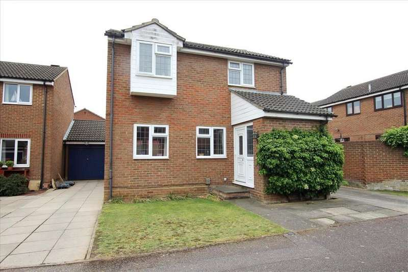 4 Bedrooms Detached House for sale in Mountbatten Drive, Biggleswade, SG18