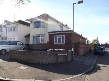 4 Bedrooms Semi Detached House for sale in Halfway Avenue, Luton, Bedfordshire, England