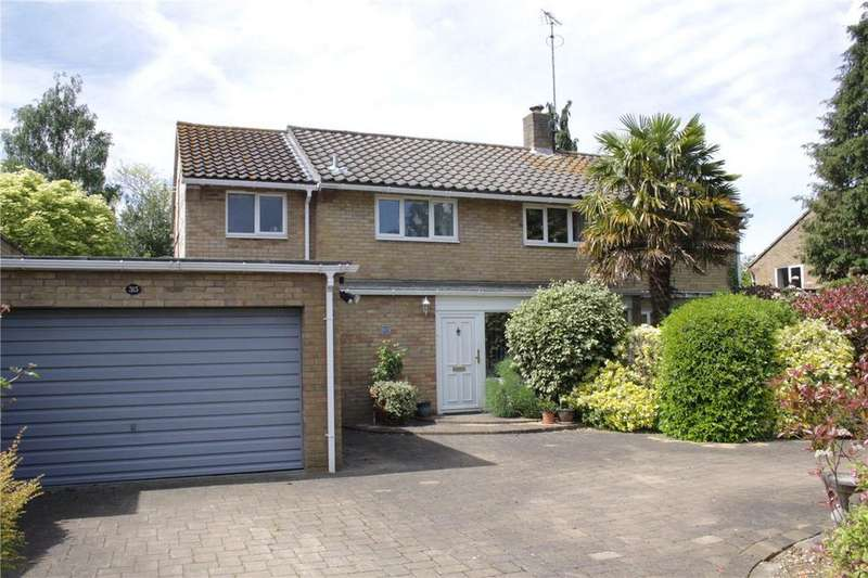 5 Bedrooms Detached House for sale in Knightsfield, Welwyn Garden City, Hertfordshire
