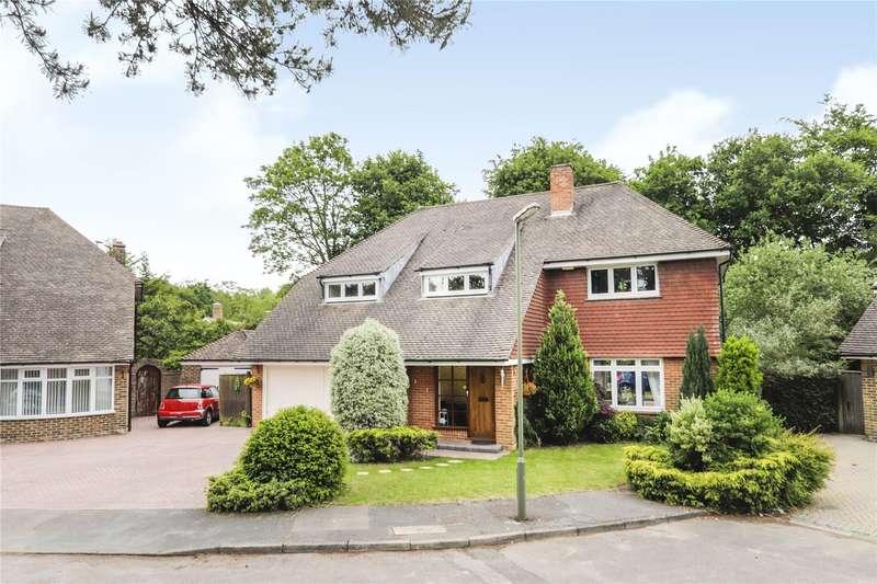4 Bedrooms Detached House for rent in Beverley Close, Camberley, Surrey, GU15