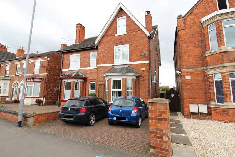 5 Bedrooms Semi Detached House for sale in Morton Terrace, Gainsborough DN21