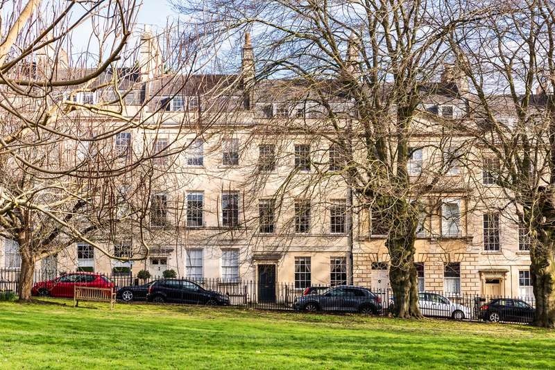 5 Bedrooms Town House for sale in St James's Square, Bath, BA1