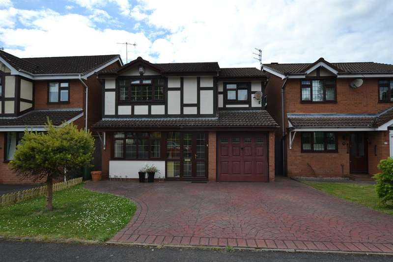 4 Bedrooms Detached House for sale in Fernhurst Drive, Brierley Hill, DY5 4PU