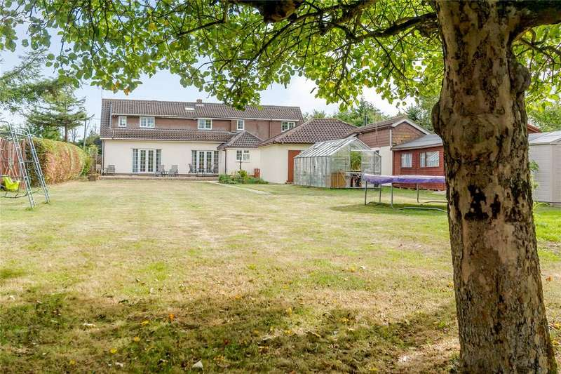5 Bedrooms Detached House for sale in Cocks Lane, Maidens Green, Warfield, Berkshire
