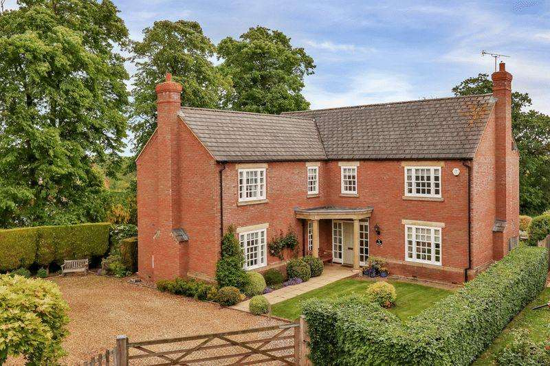 4 Bedrooms Detached House for sale in Deene Gardens, Thorpe Langton
