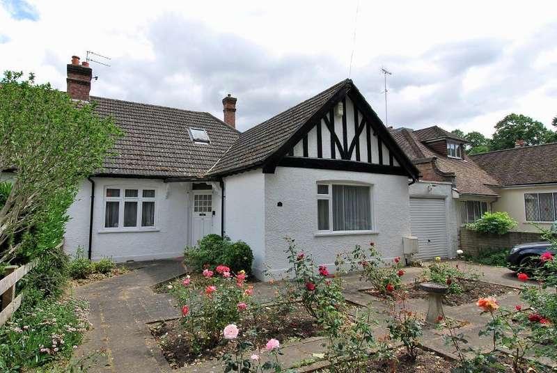 3 Bedrooms Bungalow for sale in Alwyne Road, Hanwell, London, W7 3EN
