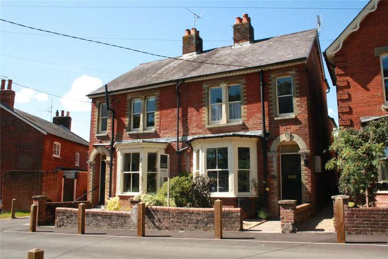 4 Bedrooms Semi Detached House for sale in Palmerston Street, Romsey, Hampshire, SO51