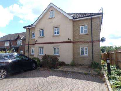 1 Bedroom Flat for sale in Walsingham Close, Sandhurst Road, Bedford, Bedfordshire