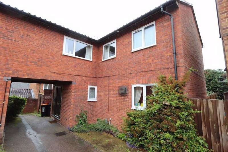 4 Bedrooms Link Detached House for sale in Basildon Court, Millbank, Leighton Buzzard