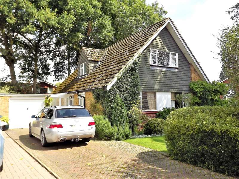 4 Bedrooms Detached House for rent in Pound Lane, Marlow, Buckinghamshire, SL7