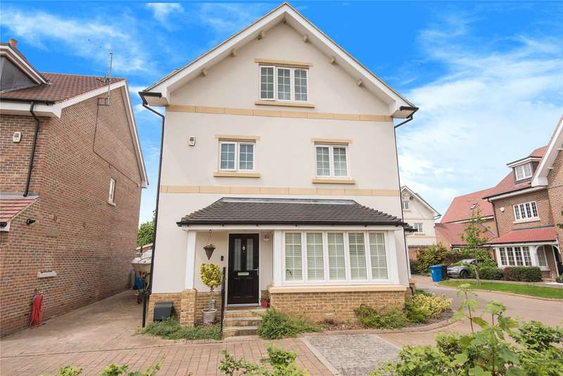 4 Bedrooms Detached House for sale in Moorland Way, Maidenhead, Berkshire, SL6