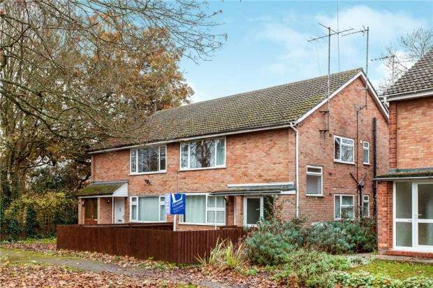 2 Bedrooms Maisonette Flat for sale in Hillfield Road, Cambridge