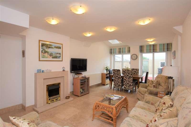 3 Bedrooms Terraced House for sale in Marsh Street, Askam-In-Furness